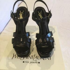 Yves Saint Laurent Tribute 105 sandal